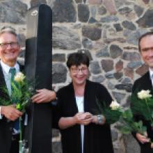2019 Brandenburgisches Sommerkonzert, die Solisten mit der Kirchenperle Ingrid, umringt von Rosen